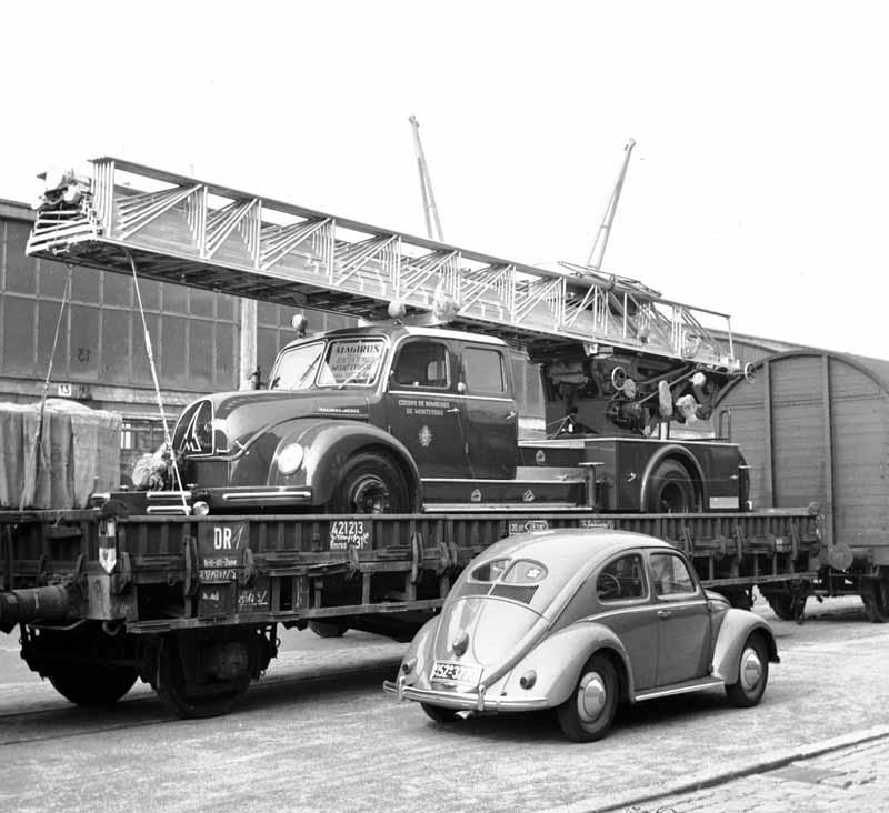 615_klein DL45 Verladung MS StJohn 29-08-1955 nach Montevideo